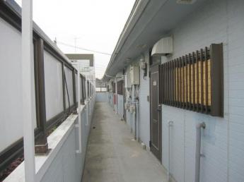 2階 共用廊下