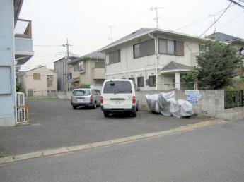 敷地内駐車場あり 便利です 現在空き有 5,000円/月