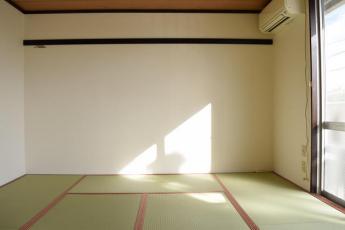 東南和室 西南和室側から撮影