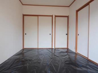 和室6帖のお部屋(押入れが付いています)