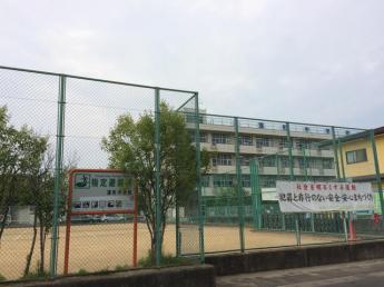 仙台市立蒲町中学校まで1029m