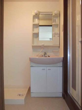 洗面・洗濯機置場・浴室