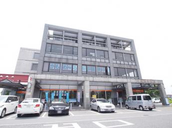 川越駅西口郵便局まで881m
