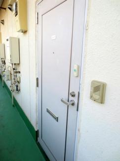 共用廊下 外玄関あり