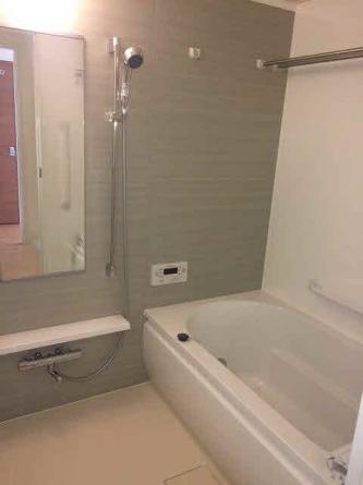 自動湯張予約付 広々浴槽