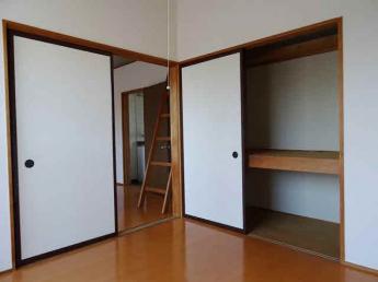 洋室4.5帖の収納
