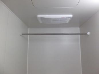 浴室換気乾燥機設置してます。
