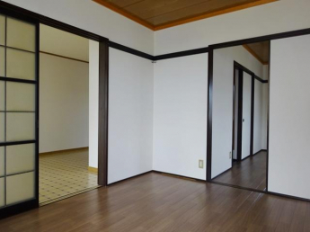 南側洋室6帖