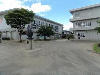 仙台市立台原中学校まで455m