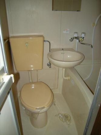 バストイレ同室タイプ