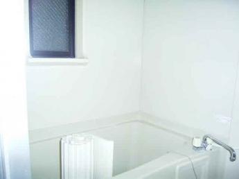 換気窓、浴室乾燥付です