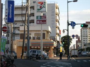 セブンイレブン仙台土樋店まで302m