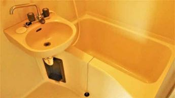 清潔感がありゆとりのある広さの浴室です