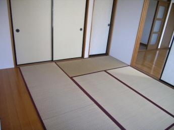 くつろぎの落ち着ける和室