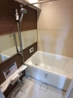 同仕様の参考写真です 換気乾燥機も付いた豪華な浴室となります