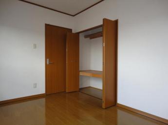 北側洋室6.1畳