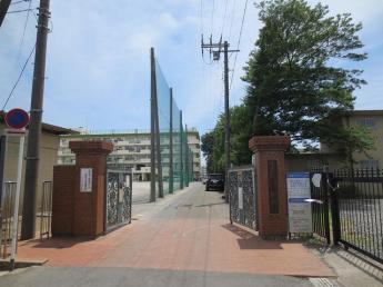 さいたま市立白幡中学校まで1138m