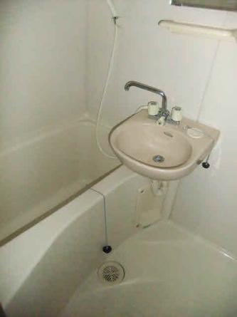 バストイレ別です!