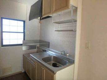 ガスコンロが設置可能なキッチンです