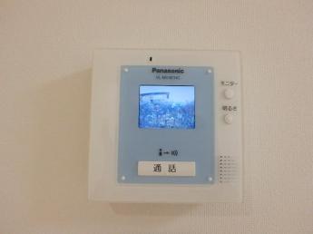 来訪者が確認できるTVモニターホンです