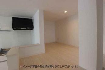 ※写真は同型シリーズ物件になります。部屋の配色・形等は実際の物件とは異なります。