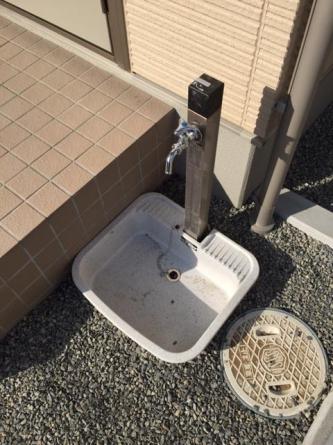 同タイプの外水道もあります。