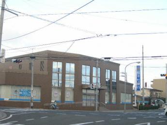 七十七銀行中田支店まで259m
