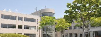 聖和学園短期大学まで1935m