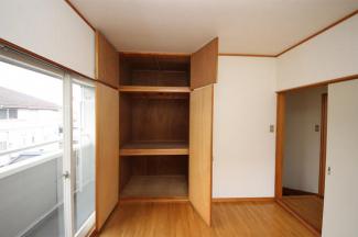 2階洋室の収納です
