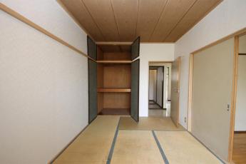 和室の収納です