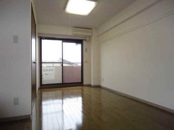 洋室7畳/以下掲載画像は「モデルルーム」のものです。