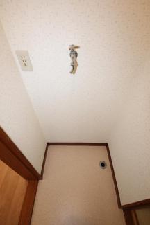 安心の室内洗濯機置場です